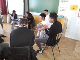 Kamaszokról kamaszoknak interaktív osztályfőnöki óra